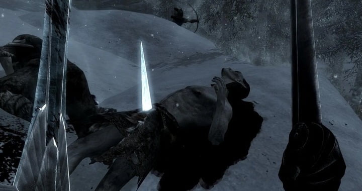 Skyrim Player Stuck With Glowing Eyes After Ice Glitch