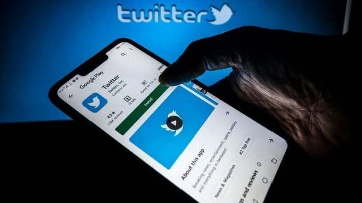Twitter hires the team behind news summary app Brief